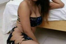 For the best 'extra-service', hire this cute Hyderabad escort